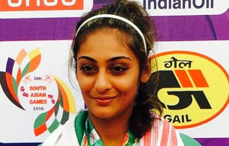 Ushna Suhail with winning medals at South Asian Games 2016